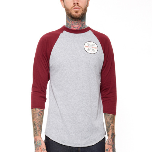 REBEL 8 CROSSED FINGERS RAGLAN