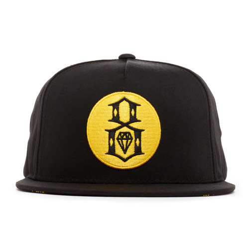 REBEL 8 ROUND LOGO BLACK SNAPBACK