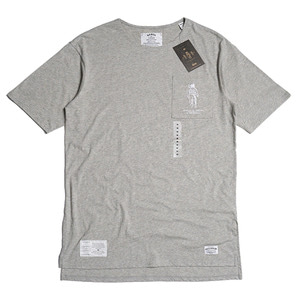 QANTO DE LOCOS POCKET EMB TEE_GREY