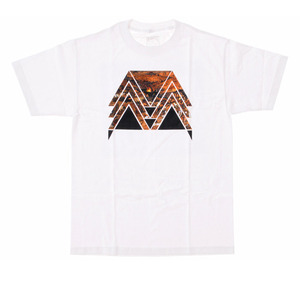BLACK SCALE Triumph White
