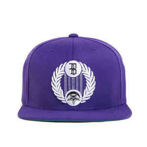 BLACK SCALE Star Crescent Snap Back, Purple