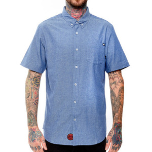 REBEL 8 SUMMER CHAMBRAY BUTTON UP