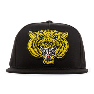 REBEL 8 LEADERS OF THE PACK SNAPBACK