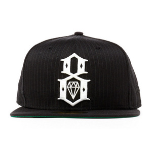 REBEL 8 BLACK BLACK PIN STRIPE LOGO NEWERA