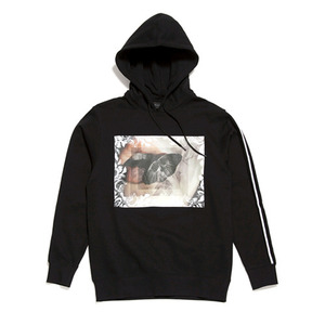 BLACK SCALE BALLISTIC MOTH PULLOVER (BLACK)