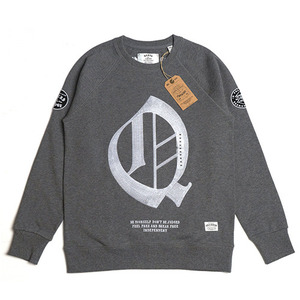 QANTO DE LOCOS Q PATCH_CREWNECK_DARKGREY